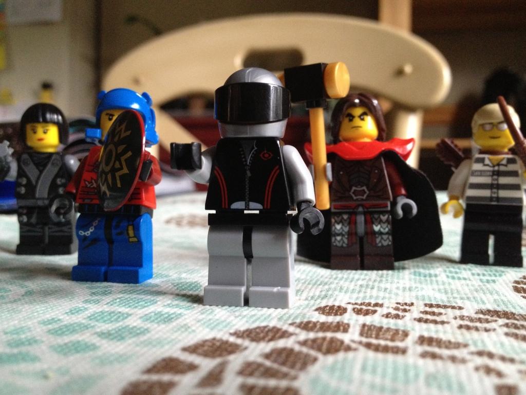 Left to Right: Black Widow, Captain America, Iron Man, Thor & Hawkeye. Sorry, Hulk.