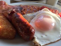 Nothing better than a full English breakfast (sans the black pudding).
